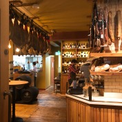 I loved the interior which has an authentic Spanish feel and ambience